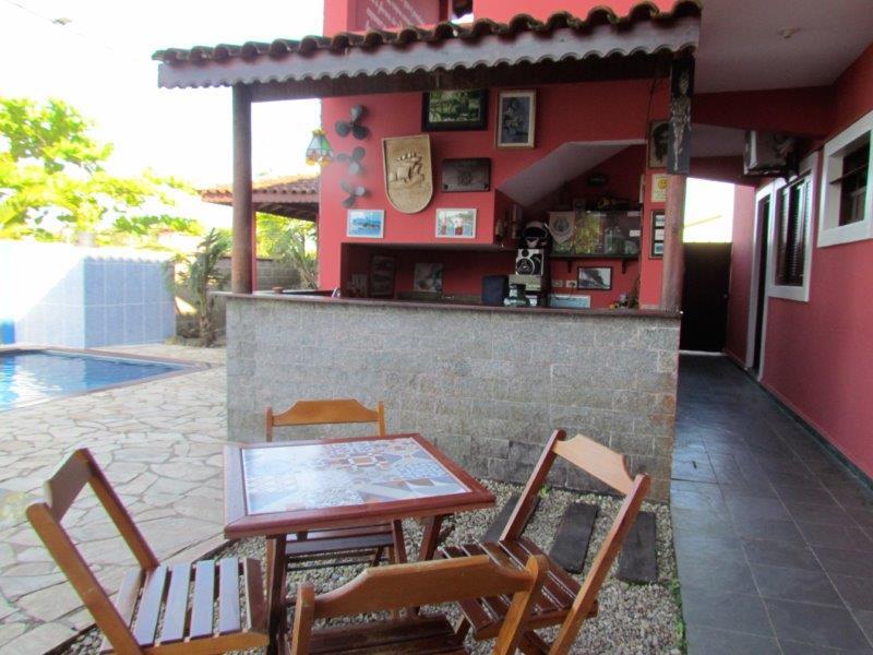 Bar Piscina Pousada em Cananéia SP