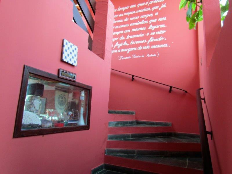 Escada Piso Superior Pousada Cananéia